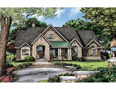 Craftsman House Plan with 1920 Square Feet and 3 Bedrooms from Dream Home Source | House Plan Code DHSW75289