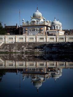Gurdwara, adjacent to Lahore Fort, Pakistan