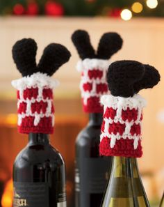 Loops & Threads® Impeccable™ Santa Bottle Toppers (Crochet) pattern