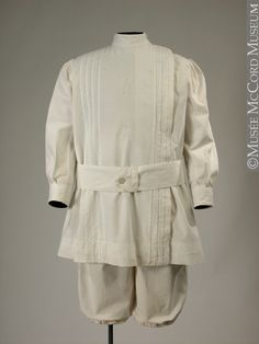 Boy summer suit  About 1914, 20th century  Cotton  © McCord Museum