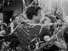 Joseph Cotten, Ginger Rogers, Farmhouse Christmas Decor, Nose Art, See You, Romantic, Gifs, Chicken Wire, Psych