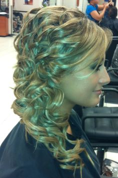 Prom updo. This might be it(: