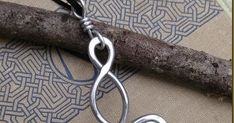 After multiple requests I finally added the big aluminum version of this design as a pendant. The Big Aluminum Infinity loops Celtic Kno...