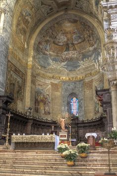 "Altar of the ""Duomo di Catania"", via Flickr."