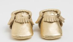 Make Your Own Baby Shoes - 32 Free DIY Tutorials