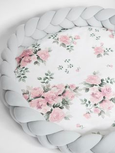 Luxury 2in1 fonott játszószőnyeg -Magic bloom, világosszürke - Peekabooshop.hu Bed Pillows, Bloom, Luxury, Baby Shower, Magic, Cake, Products, Pillows, Babyshower