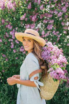 STUNNING! | Lilac Season- Gal Meets Glam