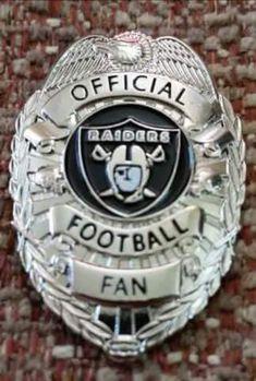 Raiders Football Team, Okland Raiders, Raiders Pics, Raiders Stuff, Raiders Baby, Nfl Oakland Raiders, Football Memes, Samoan Patterns, Raider Game