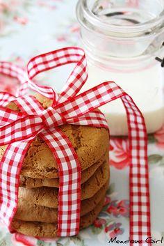 milk & cookies ... pretty packaging!