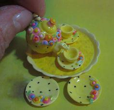 Mini yellow tea set.