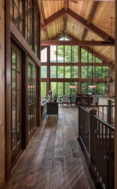 Barn Architect Design Series A room with a VIEW! This ski house was built by Yankee Barn Homes in conjunction with MAF Architects.A room with a VIEW! This ski house was built by Yankee Barn Homes in conjunction with MAF Architects. Dream Home Design, My Dream Home, Style At Home, House In The Woods, My House, Rooms In A House, The Lake House, House And Home, Modern Lake House