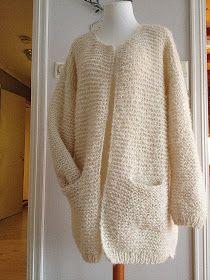 """Her er min første """"Skappel-jakke"""" ferdig strikket.  Syns den ble veldig fin- håper også hun som har bestilt den blir fornøyd :)  Jeg fikk ..."""