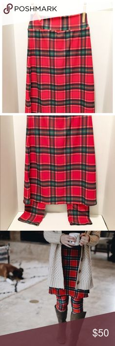Trendy Fitness Active Athletic Fashion Plaid Skirt NWT New chic & very modest skirt w/ attached tights / capri jogger pant! Made in 🇺🇸, size small SM (waist hips knee length Modest Workout Clothes, Workout Outfits, Gym Tank Tops, Workout Tank Tops, Swim Skirt, Midi Skirt, Modest Skirts, New Chic, Athletic Fashion