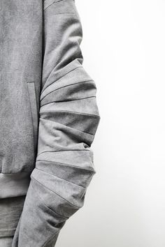 Geometric Panelled Sleeve detail with collapsable structure — Slinky