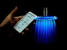 Video Presentación de duchas Cromoterapia de Griferías FV. Modelo 0126.05 Ducha para cromoterapia autolimpiante, con brazo de ducha vertical, con luces LED y control remoto. Más info de este producto http://www.fvsa.com.ar/productos/fich...