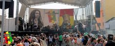 A partir das 14h de hoje rola um mini-festivalzinho de reggae próximo ao metrô Butantã, zona oeste.