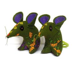 Retro Mouse in 70s Vintage Fabric £9.00 don't miss out on Jan sale 20% off with JANSALE