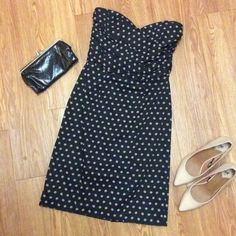 Strapless Dress Black dress with pink dots. Fitted and strapless. Never worn. H&M Dresses Midi