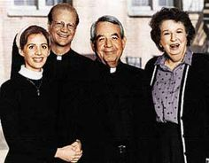 Father Dowling Mysteries - Starring: Tom Bosley, Tracy Nelson, James Stephens and Mary Wickes. Mystery Show, Mystery Series, Great Tv Shows, Old Tv Shows, Mary Wickes, Tom Bosley, Tracy Nelson, Tv Detectives, Actors Male