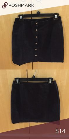 Black button up skirt NWT black button up skirt. Faux suede. Forever 21 Skirts Mini