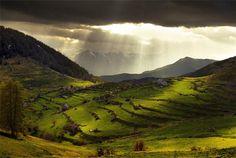 Mountain Landscape Photography by Apo Japo