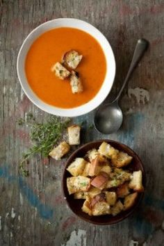 Oven Roasted Tomato Soup recipe on www.nomu.co.za
