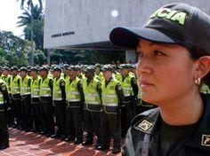 Polícia Nacional Colombia.   http://www.colombia.com/actualidad/economia/sdi/34946/convocatoria-de-profesionales-para-ingresar-a-la-policia