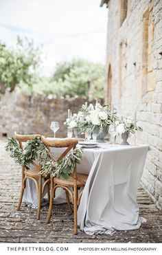 We love the timelessness of simplistic Italian style - soft and neutral colour palettes of greys, greens, creams and copper give a dreamy effect.