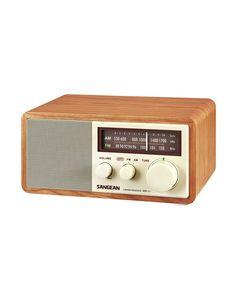 Old-fashioned AM-FM Radio dotandbo.com #vintage #modern