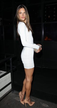 Celebrity & Entertainment Alessandra Ambrosio Celebrates Her Birthday in a Sexy White Dress POPSUGAR Celebrity Photo 10 Alessandra Ambrosio Style, Sexy Dresses, Sexy Outfits, Tight Dresses, High Heel Models, Talons Sexy, Sexy White Dress, Celebrity Photos, Lady Celebrity