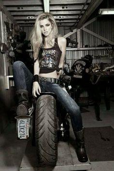 #custom__motorcycle