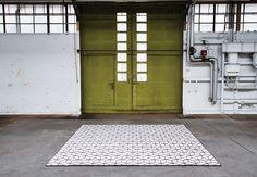 Christian Fischbacher carpet META