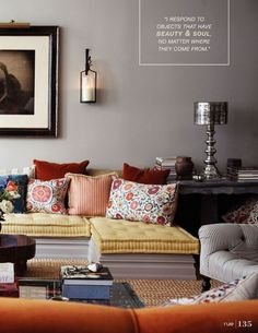 Love that couch Paint My Room, Tiny House, Furniture Design, Sweet Home, Couch, Living Room, Sitting Rooms, Inspiration, Basement