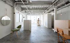 #Architecture in #Japan - #HairSaloon #BeyondMinimal by Sides Core, ph Yoshiro Masuda