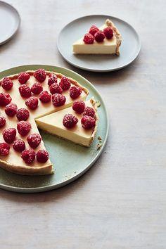 Pastry Recipes, Tart Recipes, Baking Recipes, Dessert Recipes, Lemon Recipes, Mary Berry Lemon Tart, Lemon Posset Recipe, Raspberry Tarts, Lemon Tarts