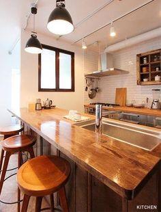 Inspiring Japanese Kitchen Style - My Little Think Kitchen Interior, Small Kitchen, Kitchen Decor, House Interior, Kitchen Dining, Asian Kitchen, Rustic Kitchen, Kitchen Design, Japanese Kitchen
