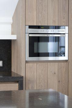 JvD keukens Moderne massief houten keuken