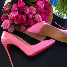 Pink … Pink flowers and pink Christian Louboutin high-heels, a perfect present for a refined elegant Femme-male Stilettos, Stiletto Heels, Sexy High Heels, Cute Shoes, Me Too Shoes, Christian Louboutin, Shoes 2018, Shoe Boots, Shoes Heels
