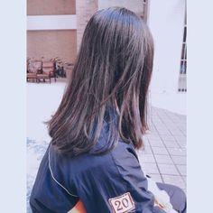 #ulzang Girl Photo Poses, Girl Photography Poses, Tumblr Photography, Girl Photos, Cute Profile Pictures, Girly Pictures, Photography Studio Background, Shadow Photos, Mask Girl