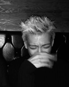 Don't cry!!! See this Instagram photo by @choi_seung_hyun_tttop • 54.5k likes