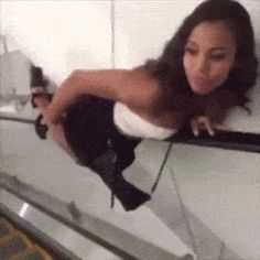 Smooth move funny gif - Reaction GIFS and Best Funny GIFS Source by phattrance Funny Reaction Gifs, Funny Images, Funny Pictures, Guy Liner, Image Pinterest, Best Fails, Best Funny Videos, Funny Pins, Funny Stuff