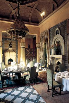The still popular restaurant Dar Yacout in Marrakech, designed by Bill Willis from Memphis in the 1960's.