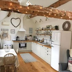 Another beautiful kitchen This one belongs to @theoldpiggery_broom Love all the beams #kitchen #kitchens #kitcheninspoweek #kitchenideas #kitcheninspo #kitcheninspiration #interior #interiors #interior123 #interiorlove #interiorinspo #interiordesign #interior2you #interiorblogger #interiorblog #home #homedecor #homerenovation #homereno #homerenoideas #myhome #instahome #instahomedecor #instahomedesign #countrykitchen #shakerkitchen #kitchenbeam
