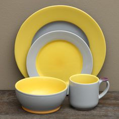 Add a stylish flair to your dinner table with this dinnerware set from OmniWare. A grey and yellow design finish this ceramic set of mugs, bowls, salad plates and dinner plates. Yellow Dinnerware, Casual Dinnerware, Dinnerware Sets, Vintage Dinnerware, Grey Kitchens, Cool Kitchens, Kitchen Grey, Lemon Kitchen, Yellow Home Decor