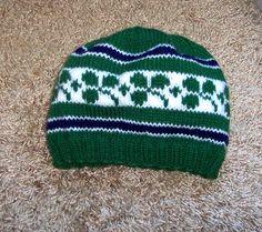 Irish Rugby Hat. Free Pattern on Ravelry.