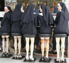 Nuns sitting on bar stools, the legs are the best. Surreal real life photo art humour for Sunday giggles , bet they knew what they would look like to when they sat down, for good ladies , sisters always seem to have a very wicked sense of humour Humor Satirico, Humour Quotes, Dry Humor, Mannequin Legs, Whatsapp Videos, Santa Teresa, Haha Funny, Funny Stuff, Crazy Funny