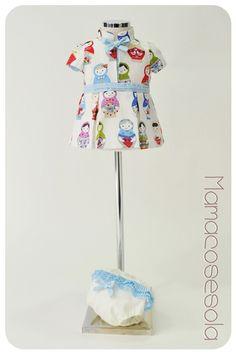 Vestido con muñecas rusas y dots