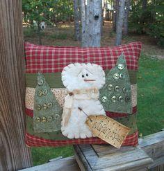 Folk Art PrimiTive WinTer Snowman GruNgy ChrisTmas BUTTONS Pillow Decoration TaG #NaivePrimitive #MelissaHarmon