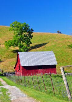 ˚Red Barn Haywood - Tennesee