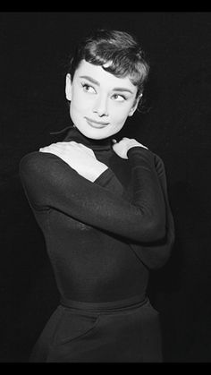 Best Fashion Styles For Women - Fashion Trends Audrey Hepburn Born, Audrey Hepburn Inspired, Audrey Hepburn Photos, Hollywood Glamour, Classic Hollywood, Old Hollywood, Foto Top, Before Us, Celebs